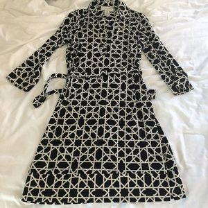 Donna Morgan geo print tie waist dress size 4